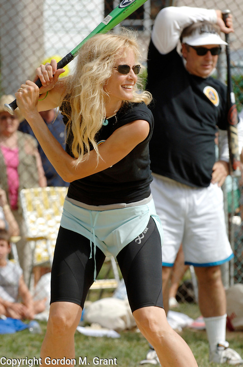 East Hampton, NY - 8/19/06 -  Actors Lori Singer and Alec Baldwin during the annual Artist &amp; Writers Softball Game at Herrick Park  East Hampton, NY August 19, 2006.   (Photo by )<br />