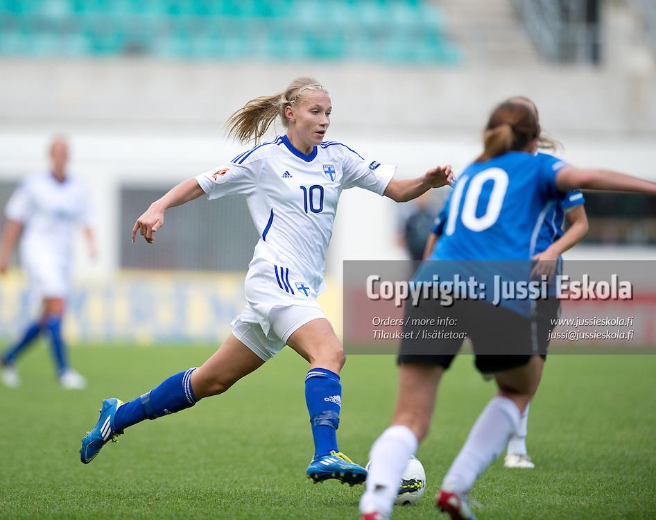 Emma Koivisto. Viro - Suomi. Naisten EM-karsintaottelu. Tallinna 15.9.2012. Photo: Jussi Eskola