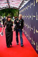 UTRECHT - In de Stadsschouwburg van Utrecht zijn de Gouden Kalveren 2013 uitgereikt. Met hier op de foto fotograaf Robert Vos. FOTO LEVIN DEN BOER - PERSFOTO.NU