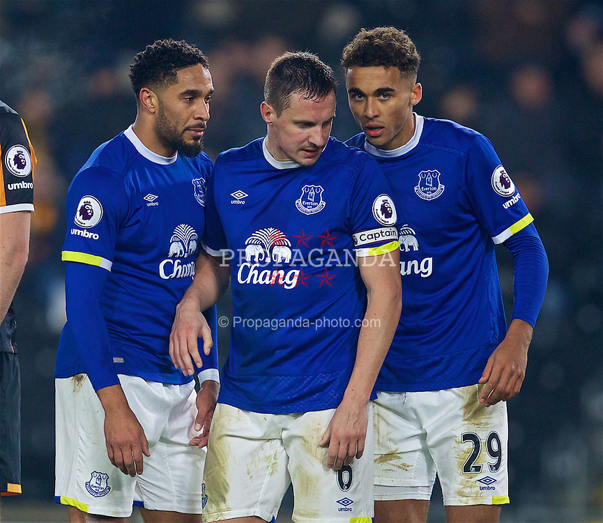 KINGSTON-UPON-HULL, ENGLAND - Friday, December 30, 2016: Everton's Ashley Williams, captain Phil Jagielka and Dominic Calvert-Lewin in action against Hull City during the FA Premier League match at the KCOM Stadium. (Pic by David Rawcliffe/Propaganda)