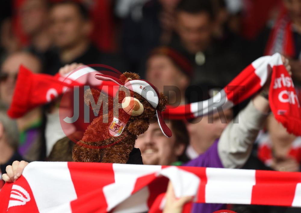 - Photo mandatory by-line: Paul Knight/JMP - Mobile: 07966 386802 - 03/05/2015 - SPORT - Football - Bristol - Ashton Gate Stadium - Bristol City v Walsall - Sky Bet League One