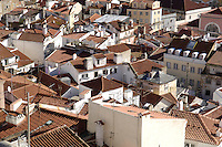 01 JAN 2006, LISBON/PORTUGAL:<br /> Blick auf die Daecher von Alfama, einem historischen Stadtteil der Stadt Lissabon<br /> View on the rooftops of Alfama, a historical district of the city of Lisbon<br /> IMAGE: 20060101-01-002<br /> KEYWORDS: Lisboa, roof, Dach, D&auml;cher, Reise, travel, Stadtansicht, Europa, europe, cityscape