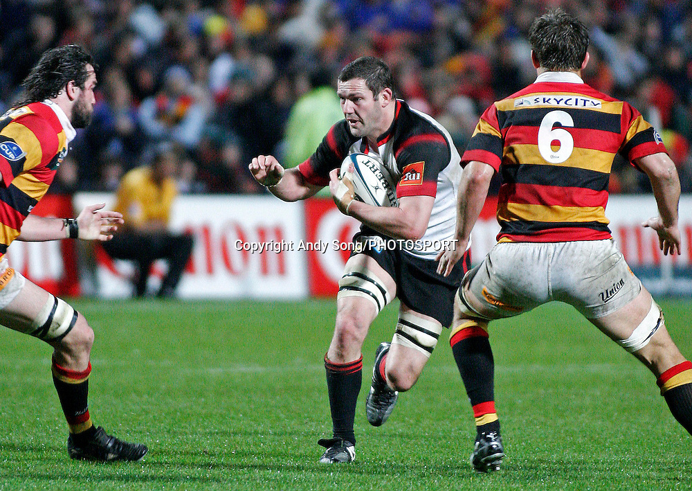 Canterbury flanker Reuben Thorne (C) in action during the Air New Zealand Cup week 3 rugby union match between Waikato and Canterbury at Waikato Stadium in Hamilton, New Zealand on Friday 11 August 2006. Photo: Andy Song/PHOTOSPORT