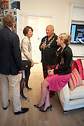 SIR CHRISTOPHER MEYER; LADY MEYER; STEVEN BERKOFF; JOSIA GOODBODY, Drinks party hosted by Basia Briggs. Sloane Gdns. London. 24 May 2010. -DO NOT ARCHIVE-© Copyright Photograph by Dafydd Jones. 248 Clapham Rd. London SW9 0PZ. Tel 0207 820 0771. www.dafjones.com.
