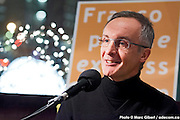 Portrait de Claude Deschesnes en direct lors de l'émission radiophonique Francophonie Express  à  Bar Alice de l'hôtel Omni / Montreal / Canada / 2015-01-06, Photo © Marc Gibert / adecom.ca