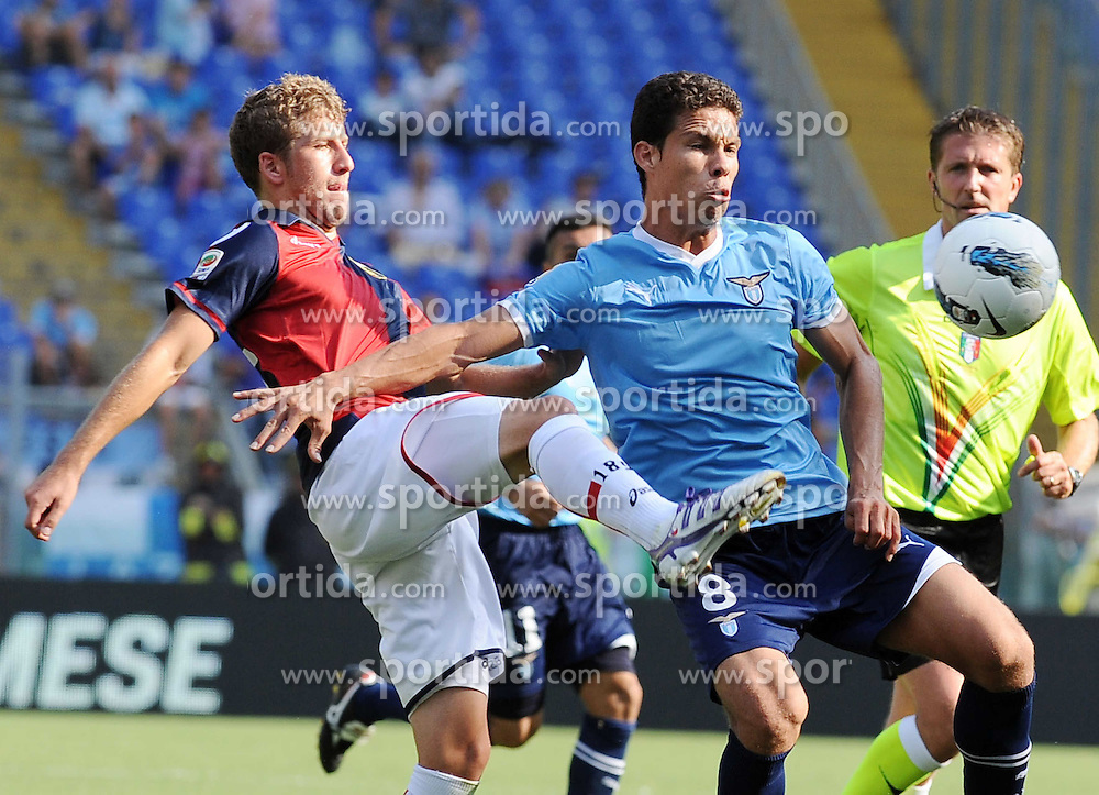 18.09.2011, Stadio Olimpico, Rom, ITA, Serie A, Lazio Rom vs FC Genua 1893, im Bild hernanes (lazio) e juraj kucka (genoa) // during Serie A Football game between Lazio Rom vs FC Genua 1893 at Stadio Olimpico in Rom, Italy on 18/09/2011. EXPA Pictures © 2011, PhotoCredit: EXPA/ InsideFoto/ Massimo Oliva +++++ ATTENTION - FOR AUSTRIA/(AUT), SLOVENIA/(SLO), SERBIA/(SRB), CROATIA/(CRO), SWISS/(SUI) and SWEDEN/(SWE) CLIENT ONLY +++++
