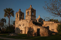 Mission Nuestra Señora de la Purisma Concepcion de Acuña, San Antonio, TX is still an active Catholic church.