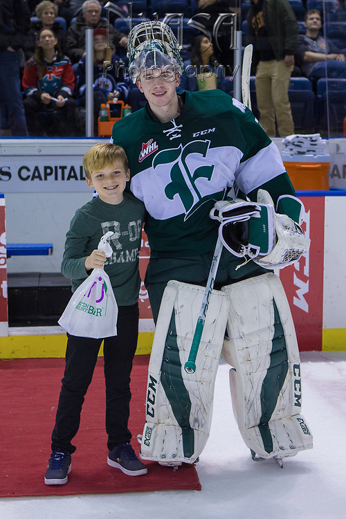 KELOWNA, CANADA - FEBRUARY 02:  Second Star of the Game Carter Hart #70 of the Everett Silvertips at the Kelowna Rockets game on February 02, 2018 at Prospera Place in Kelowna, British Columbia, Canada.  (Photo By Cindy Rogers/Nyasa Photography,  *** Local Caption ***