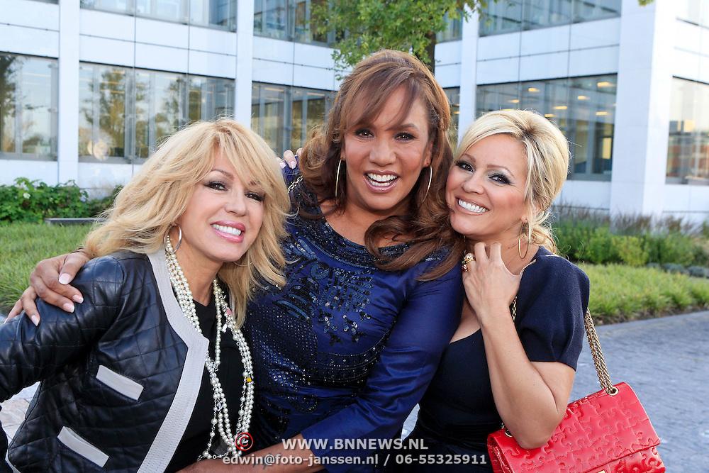 NLD/Vianen/20110915 - Modeshow Mix & Match Dani Bles 2011, de Diva's, Patricia Paay, Patty Brard en Tatjana Simic