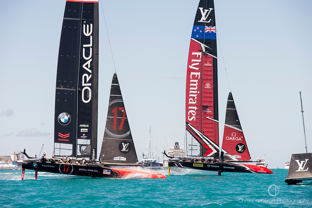 The Great Sound, Bermuda, 25th June 2017. Emirates Team New Zealand and Oracle Team USA race for the start of race seven. Day four of racing in the America's Cup presented by Louis Vuitton.