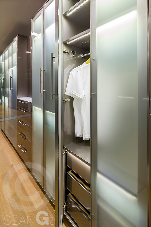 UltraCraft Closets at Museum Tower in Dallas Texas