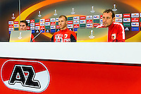 ALKMAAR - 21-10-2015, Persconferentie AZ - FC Augsburg, AFAS Stadion, FC Augsburg speler Paul Verhaegh, FC Augsburg speler Ragnar Klavan, FC Augsburg trainer Markus Weinzierl.