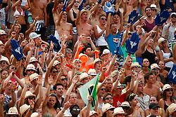 07.08.2011, Klagenfurt, Strandbad, AUT, Beachvolleyball World Tour Grand Slam 2011, im Bild Fans, EXPA Pictures © 2011, PhotoCredit: EXPA/ Erwin Scheriau