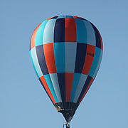 Matthew Scaife, Australia, in action in the skies around rural Michigan near Battle Creek during competition in the 20th FAI World Hot Air Ballooning Championships. Battle Creek, Michigan, USA. 23rd August 2012. Photo Tim Clayton