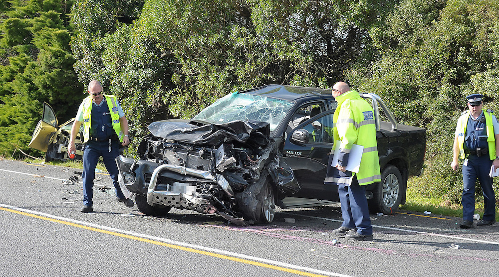 Police at the scene of a serious motor vehicle accident on SH2, Otane, New Zealand, Sunday, September 02, 2012. Credit:SNPA / Kerry Marshall