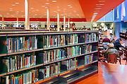 Nederland, Nijmegen, 11-1-2012Openbare Bibliotheek. Deze voorziening staat landelijk onder druk vanwege de bezuinigingen die via de regering bij de gemeenten gelegd worden. Kleine vestigingen of filialen in de wijk moeten sluiten.Foto: Flip Franssen/Hollandse Hoogte