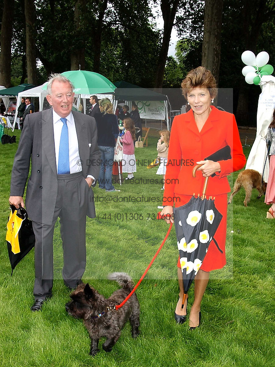 The EARL &amp; COUNTESS OF HALIFAX at the 3rd annual Macmillan Dog Day in aid of Macmillan Cancer Relief held at Royal Hospital Chelsea, London SW3 on 5th July 2005.<br /><br />NON EXCLUSIVE - WORLD RIGHTS