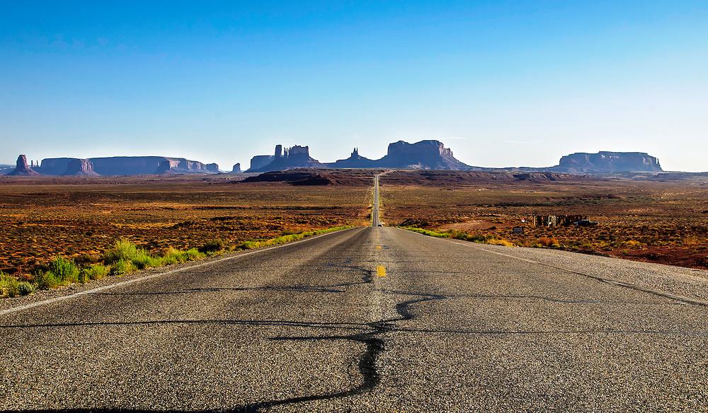 Monument Valley, Navajo Tribal Park, Arizona & Utah.