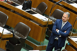 19.05.2016, Parlament, Wien, AUT, Parlament, Nationalratssitzung, Sitzung des Nationalrates mit erster Rede des neuen Bundeskanzlers, im Bild Klubobmann SPÖ Andreas Schieder // Leader of the Parliamentary Group SPOe Andreas Schieder during meeting of the National Council of austria with a speech of the new chancellor at austrian parliament in Vienna, Austria on 2016/05/19, EXPA Pictures © 2016, PhotoCredit: EXPA/ Michael Gruber