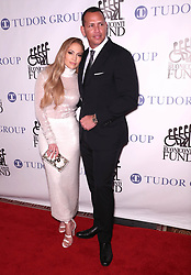 September 24, 2018 - New York City, New York, USA - 9/24/18.Jennifer Lopez and Alex Rodriguez at the 33rd Annual Great Sports Legends Dinner To Benefit The Buniconti Fund to Cure Paralysis in New York City. (Credit Image: © Starmax/Newscom via ZUMA Press)