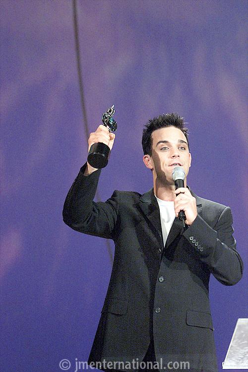 BRIT Awards 2001 - 26/2/01.Earls Court 2