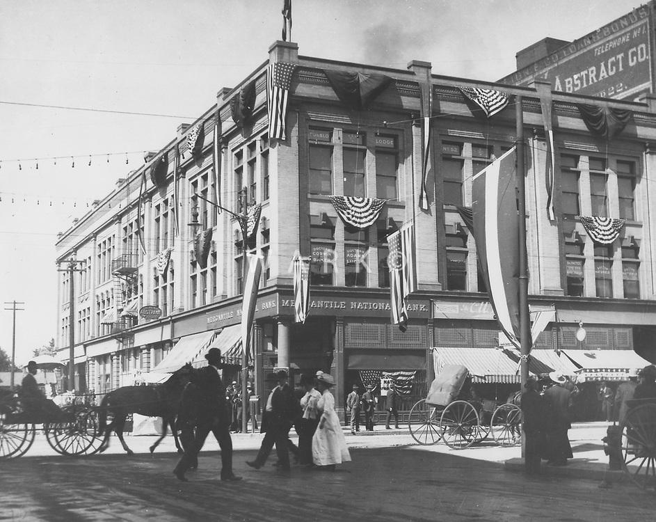 2nd &amp; Main<br />Amhearst Building circa 1905