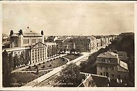 Zagreb : Sveučilišna knjižnica, Mihanovićeva ulica. <br /> <br /> ImpresumZagreb : Naklada razglednica, tiskara, knjižara i papirnica St. Kugli, [1934].<br /> Materijalni opis1 razglednica : tisak ; 9 x 14 cm.<br /> NakladnikKnjižara Stjepan Kugli (Zagreb)<br /> Mjesto izdavanjaZagreb<br /> Vrstavizualna građa<br /> ZbirkaZbirka razglednica • Grafička zbirka NSK<br /> Formatimage/jpeg<br /> PredmetZagreb –– Ulica Antuna Mihanovića<br /> Hrvatski državni arhiv (Zagreb) • Nacionalna i sveučilišna knjižnica (Zagreb).<br /> SignaturaRZG-MIH-12<br /> Obuhvat(vremenski)20. stoljeće<br /> NapomenaRazglednica je putovala 1934. godine.<br /> PravaJavno dobro<br /> Identifikatori000955171<br /> NBN.HRNBN: urn:nbn:hr:238:528327 <br /> <br /> Izvor: Digitalne zbirke Nacionalne i sveučilišne knjižnice u Zagrebu