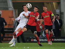 30.09.2018, 1.BL, 1. Bundesliga, FC Augsburg vs SC Freiburg, WWK Arena Augsburg, Fussball, Sport , im Bild:...Michael Gregoritsch(FC Augsburg) vs Nicolas Hoefler (SC Freiburg) und Mike Frantz (SC Freiburg)..DFL REGULATIONS PROHIBIT ANY USE OF PHOTOGRAPHS AS IMAGE SEQUENCES AND / OR QUASI VIDEO...Copyright: Philippe Ruiz..Tel: 089 745 82 22.Handy: 0177 29 39 408.e-Mail: philippe_ruiz@gmx.de. (Credit Image: © Philippe Ruiz/Xinhua via ZUMA Wire)