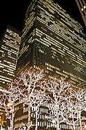 New York. fifth avenue during christmas; Christmas Lighting New York - United States  / cinquieme avenue Illuminations pour les fetes de Noel dans les rues  New York - Etats Unis