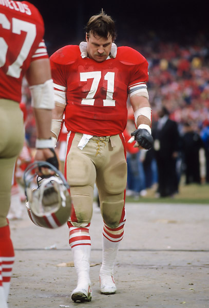 SAN FRANCISCO - JANUARY 6:  Keith Fahnhorst #71 of the San Francisco 49ers waits on the sidelines during the NFC Championship game against the Chicago Bears played on January 6, 1985 at Candlestick Park in San Francisco, California. (Photo by David Madison/Getty Images) *** Local Caption *** Keith Fahnhorst