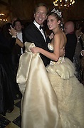 Neil Bush dancing with his daughter Lauren Bush. Crillon Haute Couture Ball. Crillon Hotel, Paris. 2 December 2000. © Copyright Photograph by Dafydd Jones 66 Stockwell Park Rd. London SW9 0DA Tel 020 7733 0108 www.dafjones.com