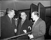 05/02/1960<br /> 02/05/1060<br /> 05 February 1960 <br /> Premiere of Mise Eire at the Regal Cinema, Dublin.  Image shows on right Sean Ó Siothchain, Assistant Secretary of the GAA and Trustee of Gael Linn, welcoming attendees to the movie premiere.