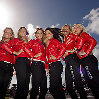 2011 MotoGP World Championship, Round 16, Phillip Island, Australia, 16 October 2011, Umbrella Girls
