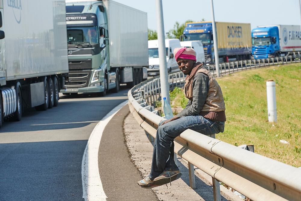 Calais 09-07-15 Vluchtelingen probleem in Calais Foto: Marco Hofsté