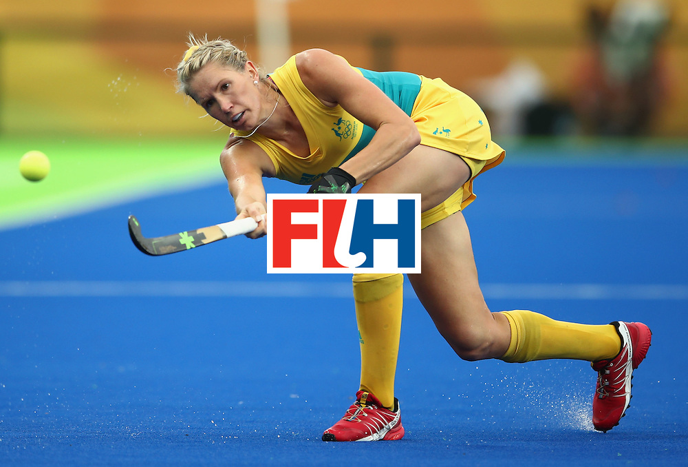RIO DE JANEIRO, BRAZIL - AUGUST 10:  Jodie Kenny of Australia in action during the Women's Pool B Match between India and Australia on Day 5 of the Rio 2016 Olympic Games at the Olympic Hockey Centre on August 10, 2016 in Rio de Janeiro, Brazil.  (Photo by Mark Kolbe/Getty Images)