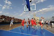 DESCRIZIONE : Taranto Basket On Board sulla portaerei Cavour  Nazionale Italia Under 18 Maschile Svezia <br /> GIOCATORE : panoramica<br /> CATEGORIA : pre game curiosita<br /> SQUADRA : Nazionale Italia Under 18<br /> EVENTO :  Basket On Board sulla portaerei Cavour<br /> GARA : Nazionale Italia Under 18 Maschile Svezia <br /> DATA : 12/07/2012 <br />  SPORT : Pallacanestro<br />  AUTORE : Agenzia Ciamillo-Castoria/GiulioCiamillo<br />  Galleria : FIP Nazionali 2012<br />  Fotonotizia : Taranto Basket On Board sulla portaerei Cavour  Nazionale Italia Under 18 Maschile Svezia <br />  Predefinita :