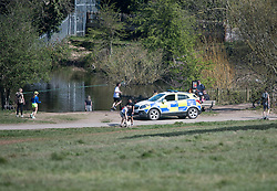 © Licensed to London News Pictures. 05/04/2020. London, UK. Police patrol Hampstead Heath, London, during a pandemic outbreak of the Coronavirus COVID-19 disease. The public have been told they can only leave their homes when absolutely essential, in an attempt to fight the spread of coronavirus COVID-19 disease. Photo credit: Ben Cawthra/LNP