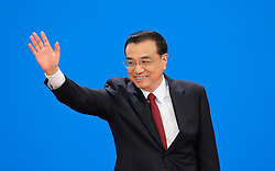 Chinese Premier Li Keqiang greets journalists during a press conference at the Great Hall of the People in Beijing, capital of China, March 16, 2016. EXPA Pictures © 2016, PhotoCredit: EXPA/ Photoshot/ Yin Gang<br /> <br /> *****ATTENTION - for AUT, SLO, CRO, SRB, BIH, MAZ, SUI only*****