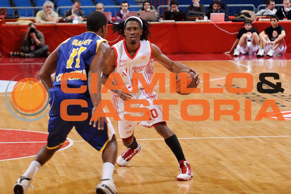 DESCRIZIONE : Milano Eurolega 2009-10 Armani Jeans Milano EWE Baskets Oldenburg<br />GIOCATORE : Morris Finley<br /> SQUADRA : Armani Jeans Milano<br />EVENTO : Eurolega 2009-2010<br />GARA : Armani Jeans Milano EWE Baskets Oldenburg<br />DATA : 09/12/2009<br />CATEGORIA : palleggio<br />SPORT : Pallacanestro<br />AUTORE : Agenzia Ciamillo-Castoria/A.Dealberto<br />Galleria : Eurolega 2009-2010<br />Fotonotizia : Milano Eurolega 2009-10 Armani Jeans Milano EWE Baskets Oldenburg<br />Predefinita :