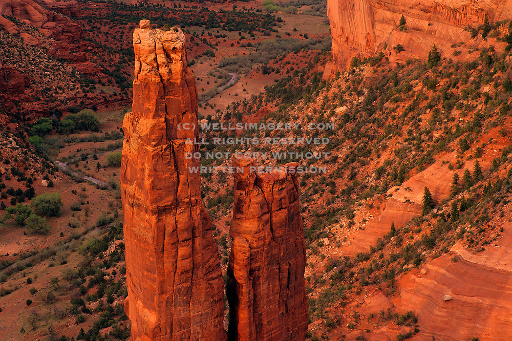 Image of Spider Rock at Canyon de Chelly National Monument, Arizona, American Southwest