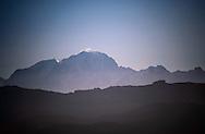 22/08/16 - AIX LES BAINS - SAVOIE - FRANCE - Le Massif des Bauges (premier plan) et le Mont Blanc vu du Mont Revard - Photo Jerome CHABANNE