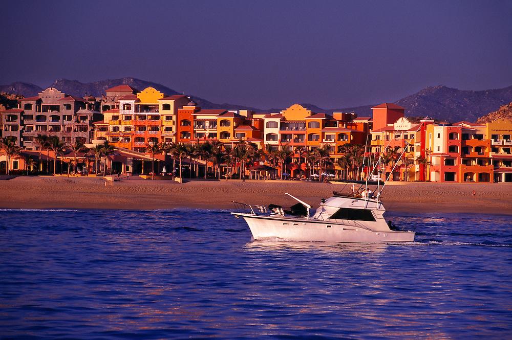 Playa Solmar (beach), Pacific Ocean side of Cabo San Lucas (Los Cabos), Baja Peninsula, Mexico