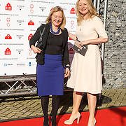 NLD/ALeiden/20160307 - Koningin Maxima bij bijeenkomst van Women Inc., Minister Jet Bussemaker en Jannet Vaessen