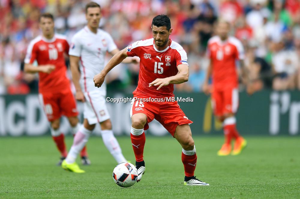 2016.06.25 Saint-Etienne<br /> Pilka nozna Euro 2016<br /> mecz 1/8 finalu Szwajcaria - Polska<br /> N/z Blerim Dzemaili<br /> Foto Lukasz Laskowski / PressFocus<br /> <br /> 2016.06.25<br /> Football UEFA Euro 2016 <br /> Round of 16 game between Switzerland and Poland<br /> Blerim Dzemaili<br /> Credit: Lukasz Laskowski / PressFocus