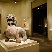Sackler Gallery Chinese Art Gallery. Chinese art on display at the Sackler Gallery. The Arthur M. Sackler Gallery, located behind the Smithsonian Castle, showcases ancient and contemporary Asian art. The gallery was founded in 1982 after a major gift of artifacts and funding by Arthur M. Sackler. It is run by the Smithsonian Institution.