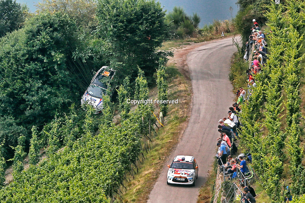 19.08.2016. Mosel, Germany. WRC ADAC rally of Germany, SS3 and SS4.  One of the cars leaves the road and lodged in trees