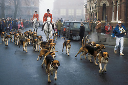 Belvoir Foxhounds set off on the Boxing Day meet at Grantham, Lincolnshire, England, UK, 26/12/1992.