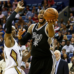 Mar 3, 2016; New Orleans, LA, USA; San Antonio Spurs forward Kawhi Leonard (2) shoots over New Orleans Pelicans forward Dante Cunningham (44) during the second half of a game at the Smoothie King Center. The Spurs defeated the Pelicans 94-86. Mandatory Credit: Derick E. Hingle-USA TODAY Sports