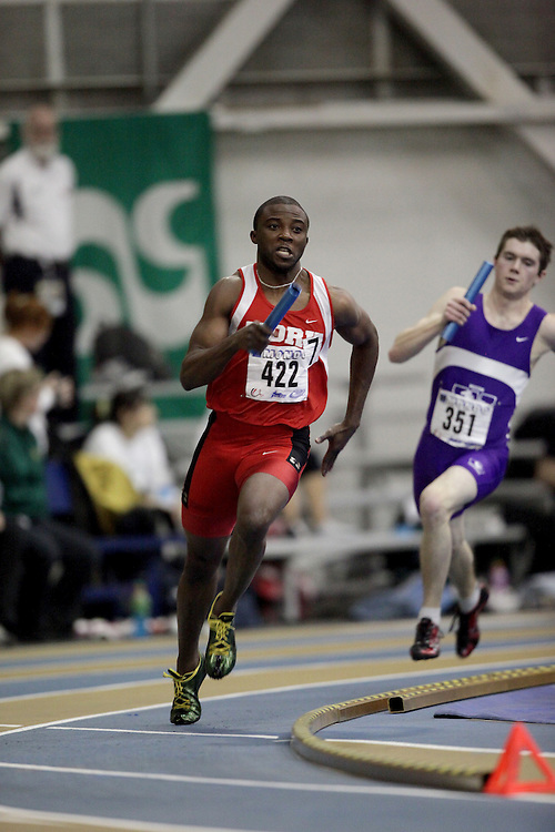 Windsor, Ontario ---13/03/09--- Olu Ogunde of  York University competes in the 4x200m Prelims at the CIS track and field championships in Windsor, Ontario, March 13, 2009..Sean Burges Mundo Sport Images
