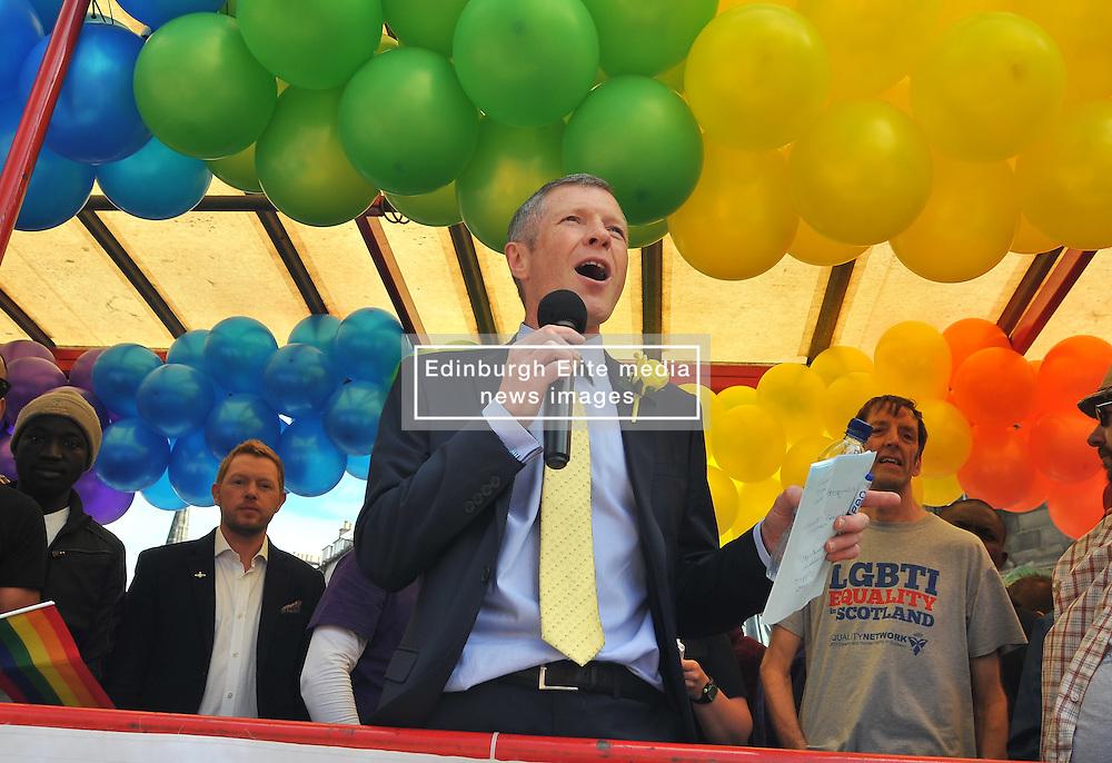 Scottish Lib Dem leader Willie Rennie speaks to marchers before the annual Pride Scotia march in Edinburgh.<br /> <br /> © Dave Johnston/ EEm